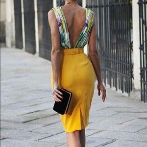 Max Mara marigold linen midi skirt. Size 4/6